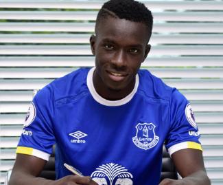 Everton sign Senegal midfielder Idrissa Gueye from Championship side Aston Villa on a four-year contract.