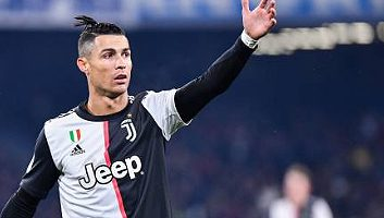 SSC Napoli  2 - 1  Juventus