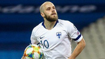 Greece  2 - 1  Finland