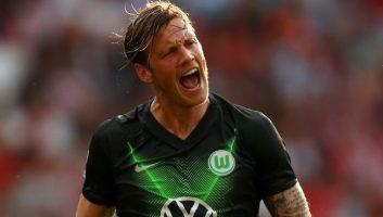 PSV Eindhoven  0 - 2  Wolfsburg