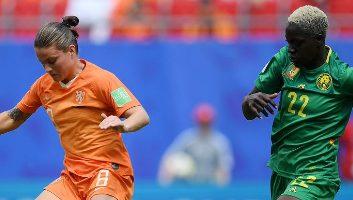 Highlight: Hà Lan vs Cameroon