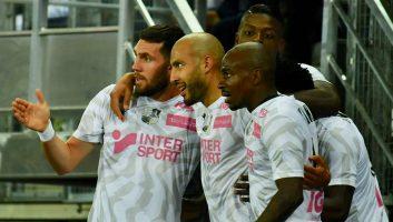 Amiens  3 - 1  Marseille