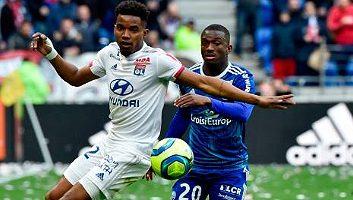Lyon  1 - 1  Strasbourg