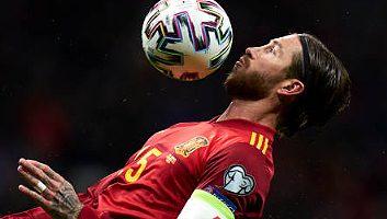 Spain  5 - 0  Romania