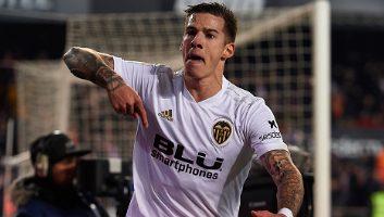 Valencia  3 - 0  Sporting Gijon