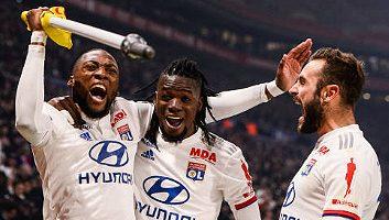 Lyon  2 - 0  Saint-Etienne