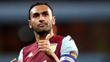 Aston Villa  2 - 1  Wolverhampton Wanderers