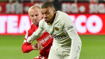 Dijon  0 - 4  Paris Saint-Germain