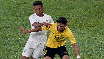 Malaysia  2 - 0  Indonesia