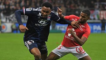 Brest  2 - 2  Lyon