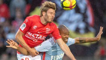 Nimes  1 - 0  Monaco