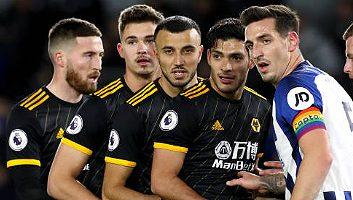Brighton & Hove Albion  2 - 2  Wolverhampton
