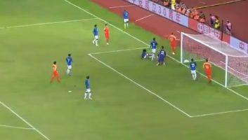 China  0 - 0  India