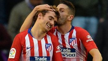 Real Valladolid  2 - 3  Atletico Madrid