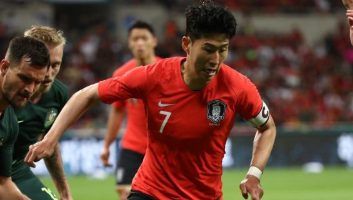 South Korea  1 - 0  Australia