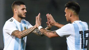 Argentina  2 - 0  Mexico