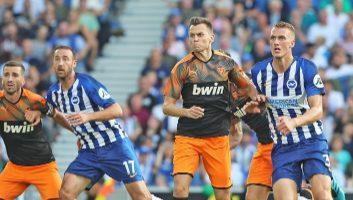 Brighton & Hove Albion  2 - 1  Valencia