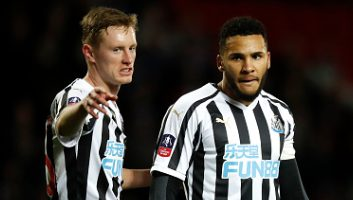 Blackburn Rovers  2 - 4  Newcastle United