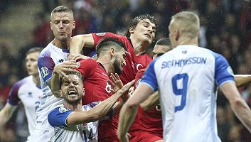 Turkey  0 - 0  Iceland