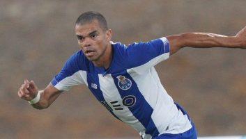 FC Porto  1 - 0  Fulham