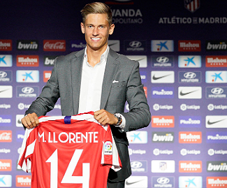 Atlético Madrid have confirmed the signing of midfielder Marcos Llorente from city rivals Real on a five-year contract.