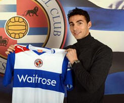 Ireland defender Kelly switches Fulham for Reading.