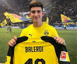 Bundesliga leaders Borussia Dortmund have signed Argentine teenage defender Leonardo Balerdi from Boca Juniors.