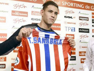 AS Roma have announced that an agreement has been reached with Sporting Gijon over a loan deal for Arnaldo Antonio Sanabria.