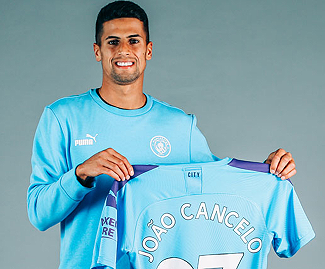 Manchester City have completed the £26m signing of Juventus right-back Joao Cancelo.