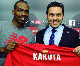 Chelsea midfielder Gael Kakuta has signed for Sevilla in a £2.5million.