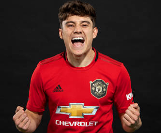 Manchester United have completed the signing of Wales winger Daniel James from Swansea City for an initial fee of about £15m.
