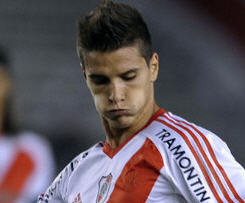River Plate have been forced to sell highly-rated teenager Erik Lamela to Roma for around €20 million
