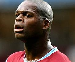 Blackpool sign former Aston Villa striker Marlon Harewood