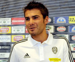 Adrian Mutu leaves Fiorentina to join Cesena