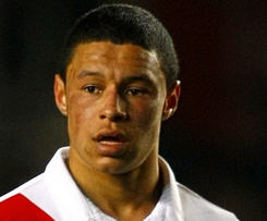 Alex Oxlade-Chamberlain has completed his move to Arsenal for a Southampton club record fee