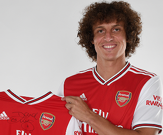 Arsenal have signed David Luiz from Chelsea for a reported fee in the region of £8m.