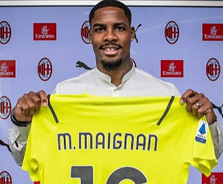AC Milan have signed goalkeeper Mike Maignan from French champions Lille on a five-year contract.