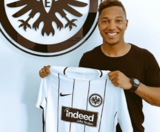 Eintracht Frankfurt have agreed a deal to sign midfielder Jonathan de Guzman on a three-year contract from Napoli.