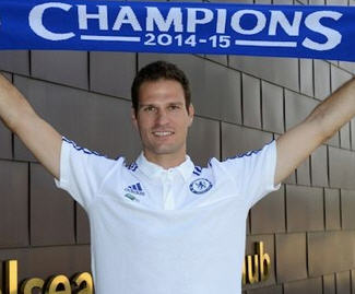 Chelsea have completed the signing of Stoke City Football Club goalkeeper Asmir Begović for a fee of £8 million.