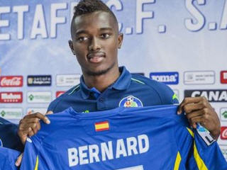 Spanish side Getafe have unveiled their new Ghanaian signing Bernard Mensah.