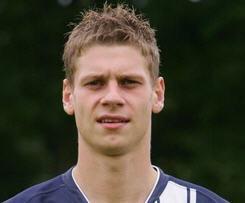Borussia Dortmund Sign Hertha Berlin's Lukas Piszczek