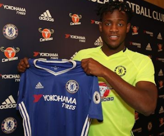 Chelsea have announced the signing of Michy Batshuayi from Marseille on a five-year contract.