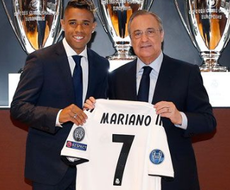 Real Madrid have made their first major attacking signing since the sale of Cristiano Ronaldo, with Mariano Diaz returning to the club from Lyon, he's given Ronaldo's old No.7 shirt.