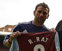 West Ham sign Romania captain Razvan Rat on free transfer.