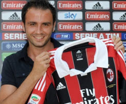 Giampaolo Pazzini is now officially a Milan player.
