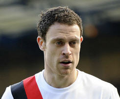 Sunderland have finalised the signing of full-back Wayne Bridge from Manchester City on a loan deal for the rest of the season.