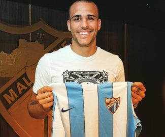 Malaga have announced the signing of forward Sandro Ramirez following his departure from Barcelona.