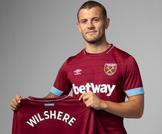 Jack Wilshere has joined West Ham United on a free transfer after leaving Arsenal, signing a three-year contract.