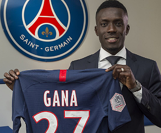 Idrissa Gueye has completed his move from Everton to Paris Saint-Germain for a fee understood to be €32m.