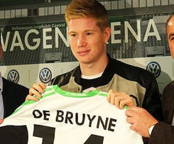 Kevin de Bruyne has left Chelsea and signed for German club Wolfsburg.